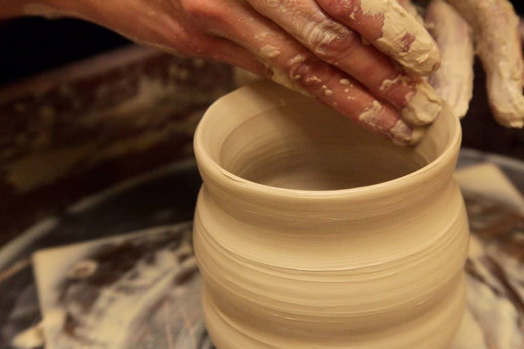 The retreat center provides relaxing, creative activities.