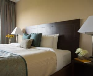 king size bed in hotel room